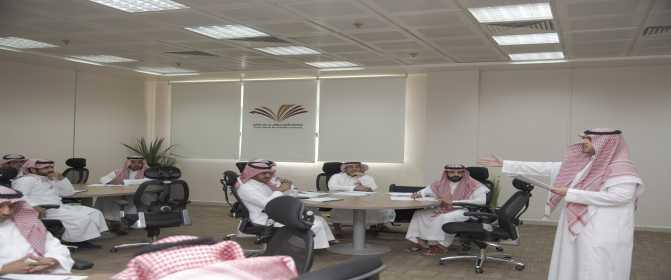 التطوير الإداري تنفذ عدداً من البرامج التدريبية داخل الجامعة بالتعاون مع معهد الإدارة العامة